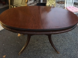 Oval Dining / Kitchen Table