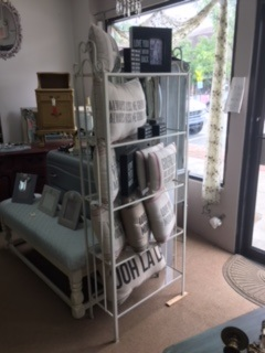 Wrought Iron Shelf... 5 Glass Shelves