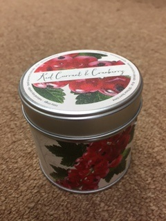 Red Currant and Cranberry Rosy Rings Candle in a Tin