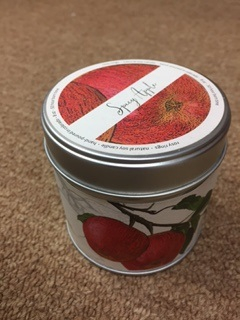 Spicy Apple..  Rosy Rings Candle in a Tin