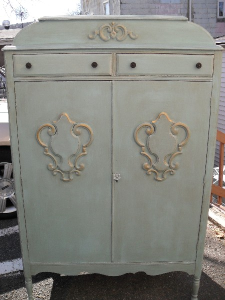 Antiqued Airmoire