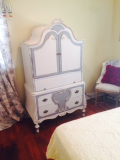 Depression Armoire ... After