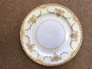 Decorative Plate in Shades of Gold