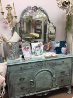 Depression Dresser with Gorgeous Mirror