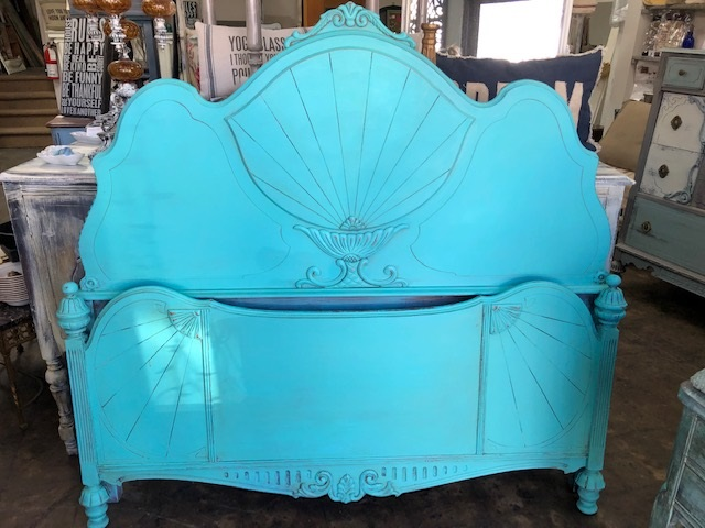 Depression Full Bed in Carribbean Blue