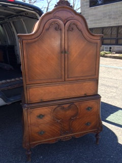 Depression Armoire ....  Before