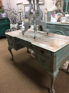 Large French Provincial Desk... Writing Table