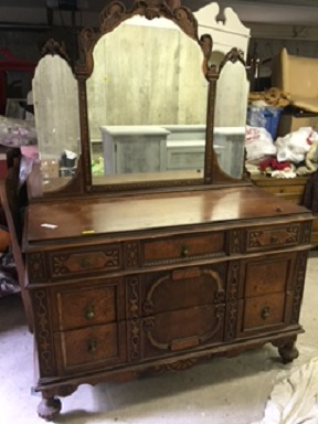 Jacobean Dresser with 3 Part Mirror