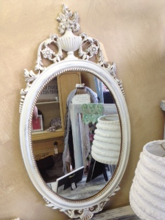 Oval Mirror with Urn at Top
