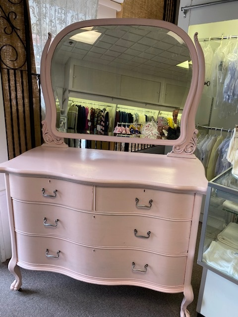 Dresser with Ornate Swivel Mirror