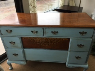 4 Drawer Dresser with Inlay
