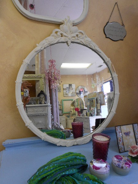 Round Mirror with Carved Top