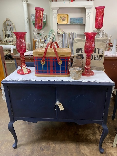 Small Sideboard ...  or TV Stand... or Bathroom Cabinet .. in NAVY