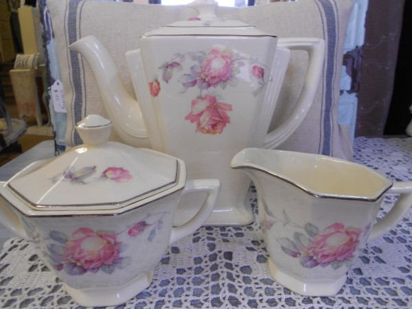 Tea Service ... Creme with Pink Flowers