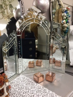 Tri Fold Mirror with Etched Trim