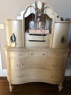 Vintage Dresser with 2 Curved Side Doors