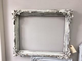 Vintage Frame in Creamy White