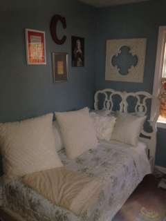 Vintage Twin Bed Becomes a Day Bed